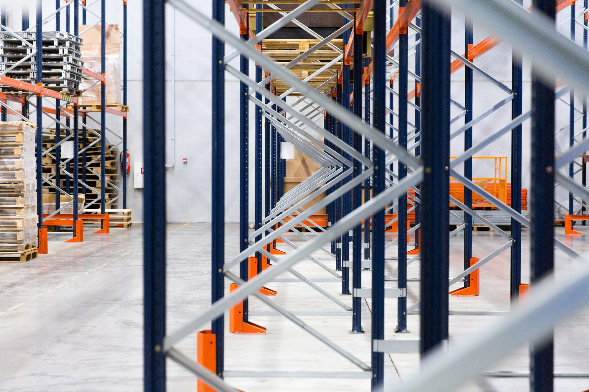 Gruppo Lavoro Service - Montaggio e smontaggio scaffalature Bari